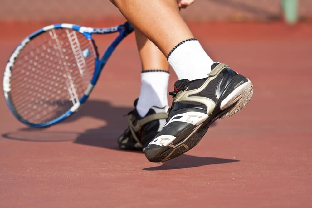 Questions to Ask Yourself When Choosing Tennis Shoes